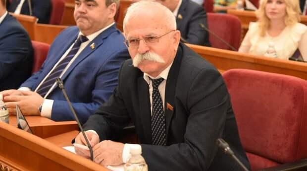 Нарушения, ДТП и сокрытие доходов: как позорились депутаты вРостовской области