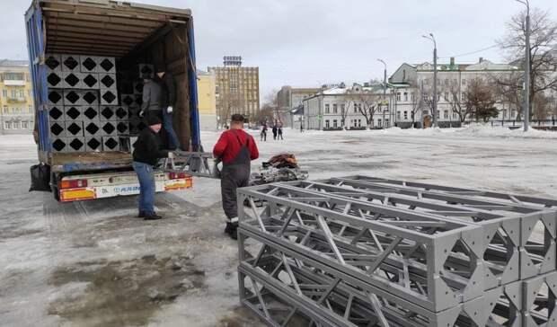 В Оренбурге к параду Победы установят быстровозводимые трибуны