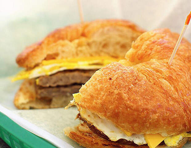17 блюд вресторанах США сужасающе огромным содержанием калорий