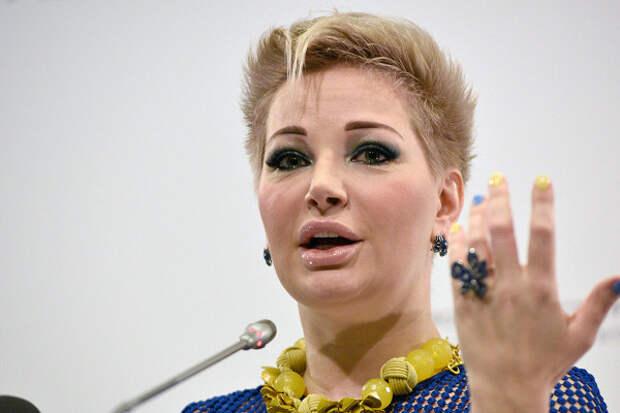 Избиения ишантаж: Максакова рассказала ожизни сТюриным