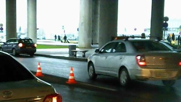Женщина избила велосипедистку в Чите за то, что она попала под колеса ее машины