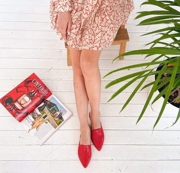 Открытая обувь, на которую уже пора охотиться: мюли!