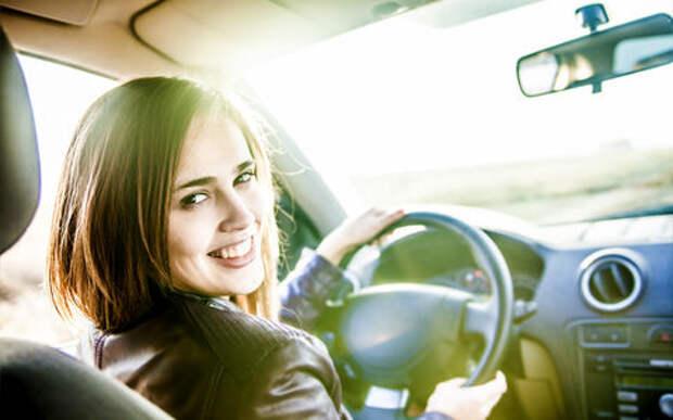 Какие машины выбирают женщины — неожиданные опросы