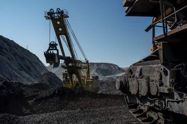 «Востсибуголь» отгрузил более 17 тысяч тонн угля в рамках благотворительности за прошлый отопительный сезон