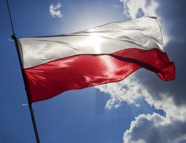 Польша хочет арестовать российских диспетчеров, работавших при крушении Ту-154 Качиньского