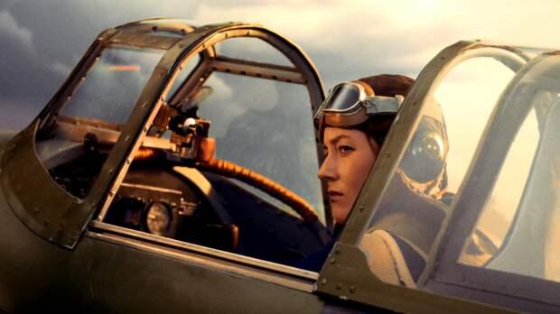 Побила все рекорды и пропала в облаках: история летчицы Лидии Литвяк