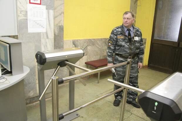 Учебная тревога: как обстоят дела с безопасностью в нижегородских школах