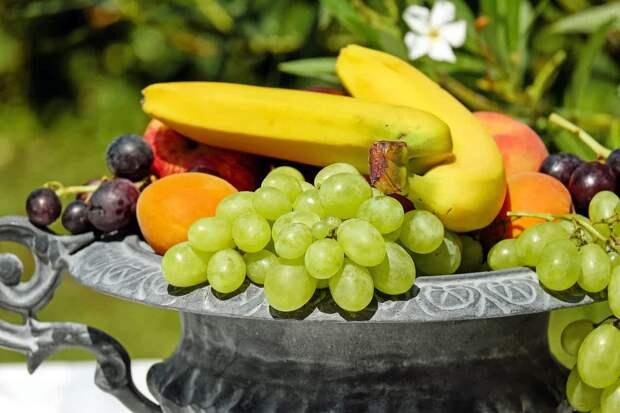 Овощи и фрукты, которые нельзя принимать одновременно с лекарствами...