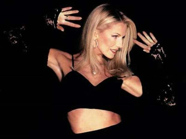 Одна из самых красивых и сексуальных певиц 1990-х гг.   Фото: muslib.ru