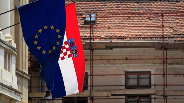 """Хорватия первой в ЕС протестировала """"ковид-паспорта"""""""