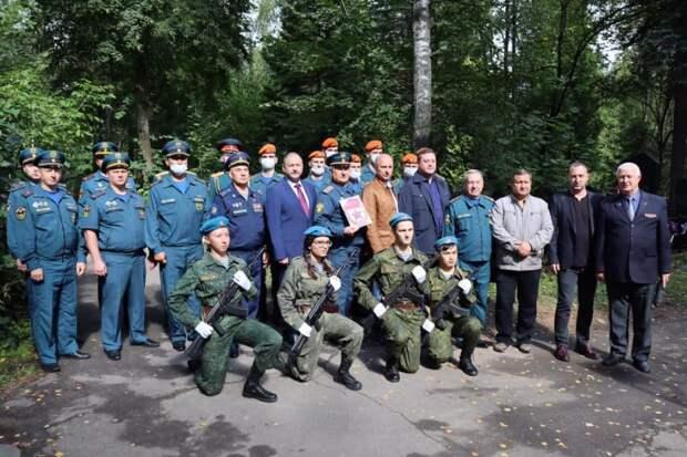 Глава управы Молжаниновского выступил на митинге, посвященном 80-летию создания Советской гвардии
