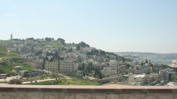 Более 100 палестинцев погибло при ударах Израиля по сектору Газа