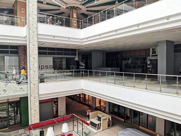 РБК: Российские торговые центры просят выделить их в отдельную отрасль