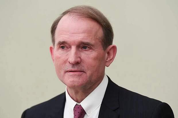 Суд поместил Виктора Медведчука под домашний арест