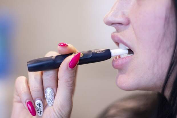 Электронные сигареты в два раза увеличивают риск развития рака груди