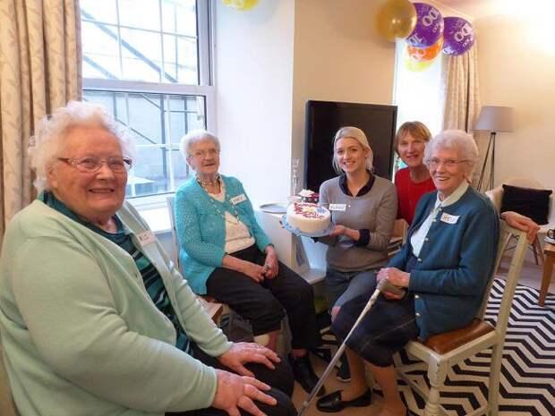 Картинки по запросу дом для престарелых шотландия