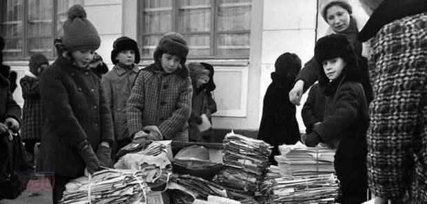 Основными сборщиками макулатуры были школьники. /Фото: i.mycdn.me