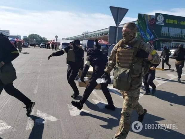 5 важных новостей: нацики на БТР штурмуют киевский рынок