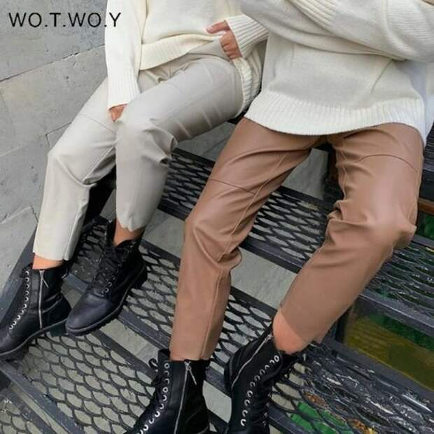 12 идей как носить модные кожаные брюки в этом сезоне
