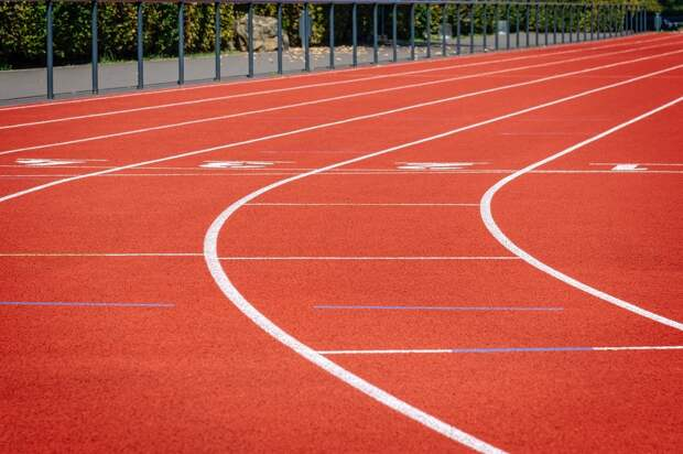 270 заявок на выступление в турнирах под нейтральным флагом получила Всероссийская федерация легкой атлетики