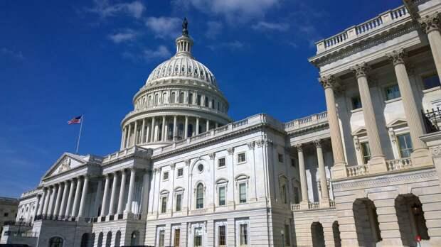 Американский журналист попал под арест из-за репортажа о захвате Капитолия
