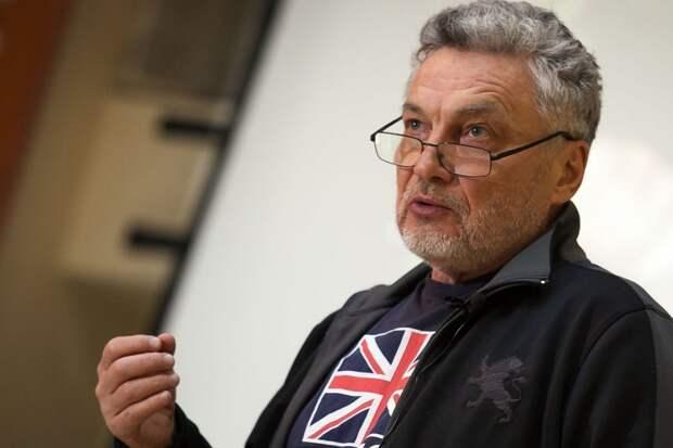 На ток-шоу «Место встречи» очередной скандал устроил писатель Сергей Лойко и Трушкин попросил его выйти вон