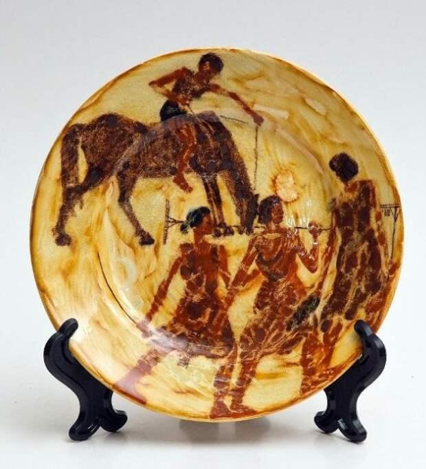 Тарелки - произведения искусства - ещё можно увидеть в Тверском императорском дворце
