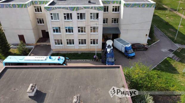 Жители Казани хотят снести пережившую расстрел школу