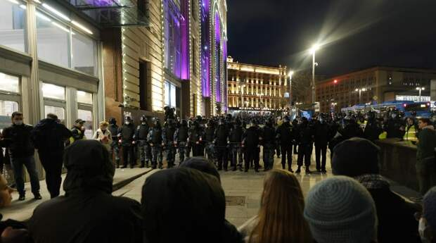 Московские силовики не отреагировали на провокации навальнистов в ходе митингов