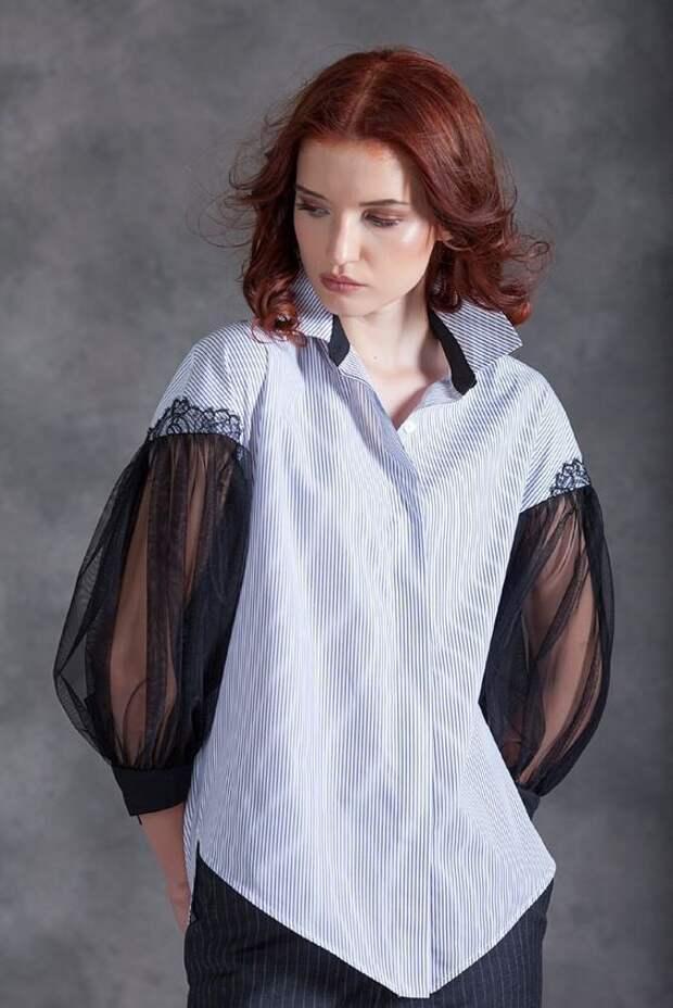 Блузка с рукавами из сетки