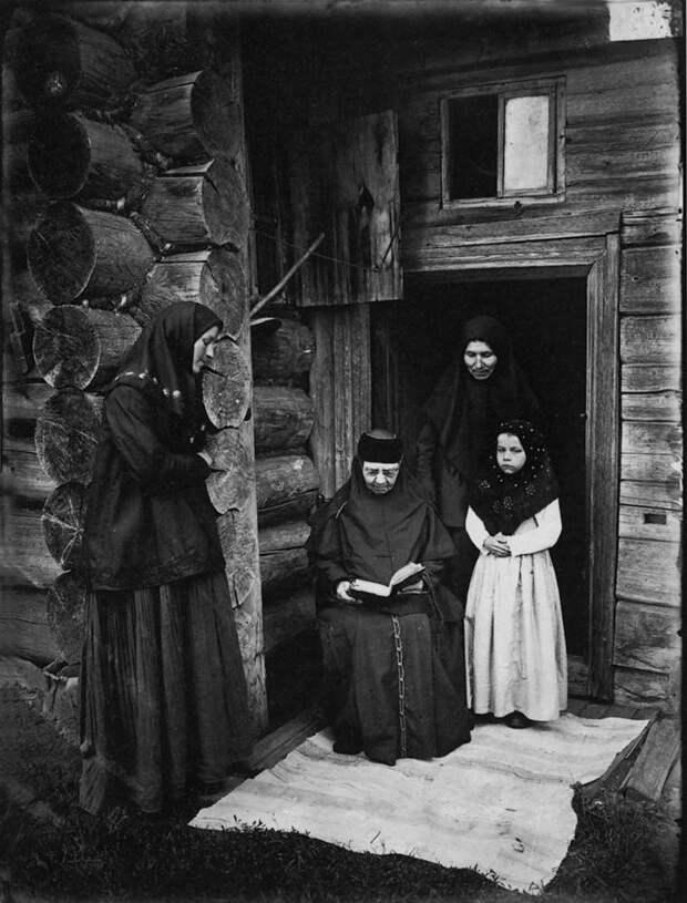 Оленевский скит. Уставщицы. 1897 г. История в фотографиях, россия
