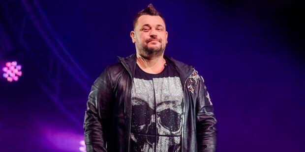 Сергей Жуков из «Руки Вверх!» спел дуэтом с блогершей Клавой Кокой