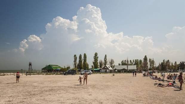 Почти треть россиян решили отказаться от летнего отпуска в 2021 году