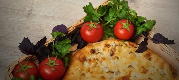 Кубдари - грузинский мясной пирог