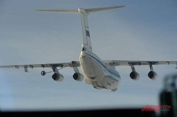 Самолет-заправщик Ил-78 штатно сел в «Жуковском»