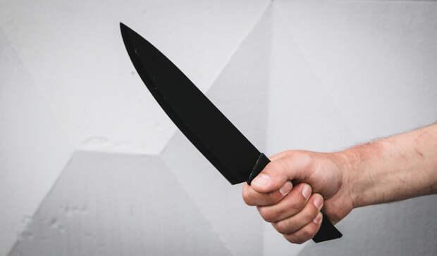 Рабочий в Саракташе зарезал бригадира после спора из-за зарплаты