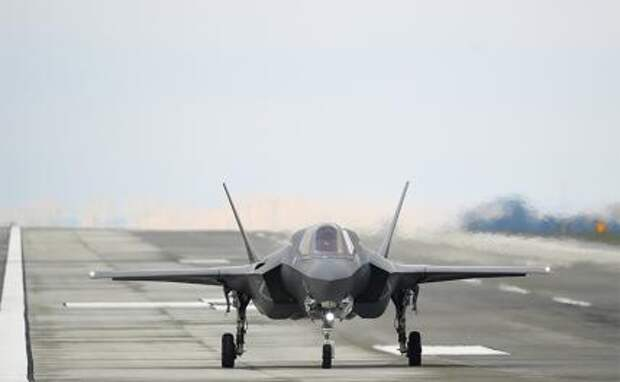 На фото: истребитель пятого поколения Lockheed Martin F-35 Lightning II