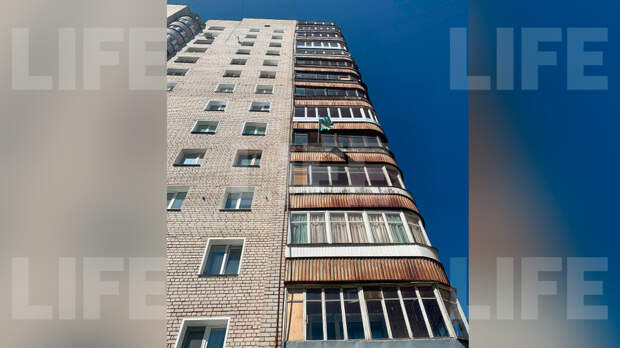Пьяный россиянин выкинул сына подруги с пятого этажа