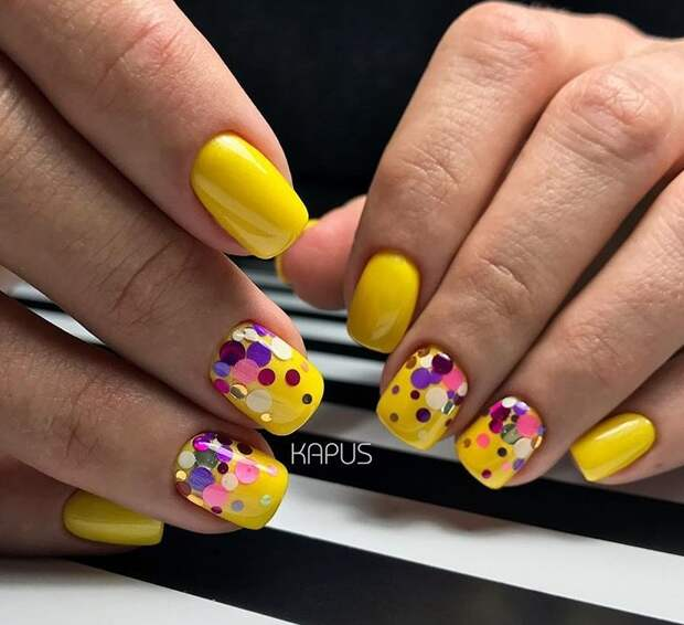 Желтые короткие ногти: 50+ ярких и солнечных идей