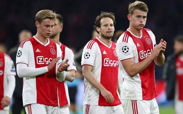 «Аякс» обыграл «Венло» со счетом 13:0, одержав самую крупную победу в истории чемпионата Нидерландов