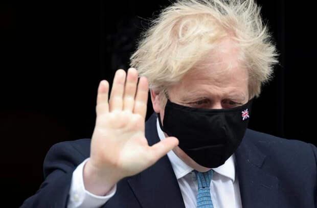 Премьеру Великобритании припомнили старый долг по штрафу