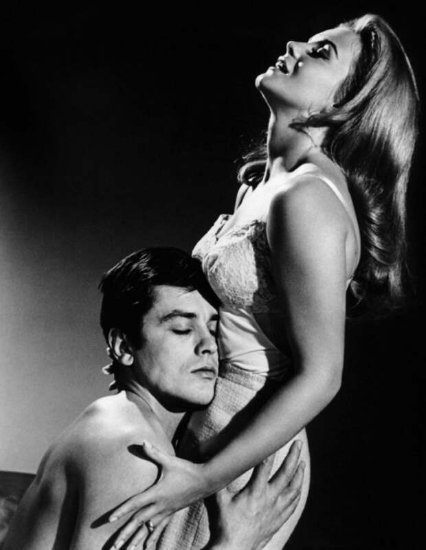 Энн-Маргрет и Ален Делон. Фото /  Ann-Margret and Alain Delon photo. Рождённый вором / Once a Thief. 1965