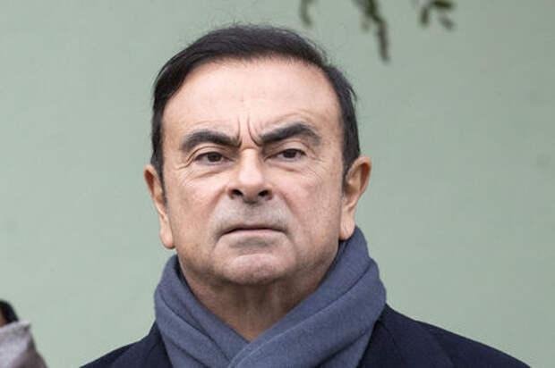 Карлос Гон заговорил: в наручниках и подпоясанный веревкой