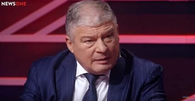 На Украине заявили о том, что у Порошенко возникли комплексы из-за России