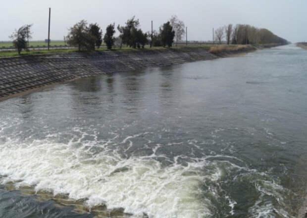 Ермак обещает РФ пустить воду в Крым в обмен на апгрейд Минских соглашений