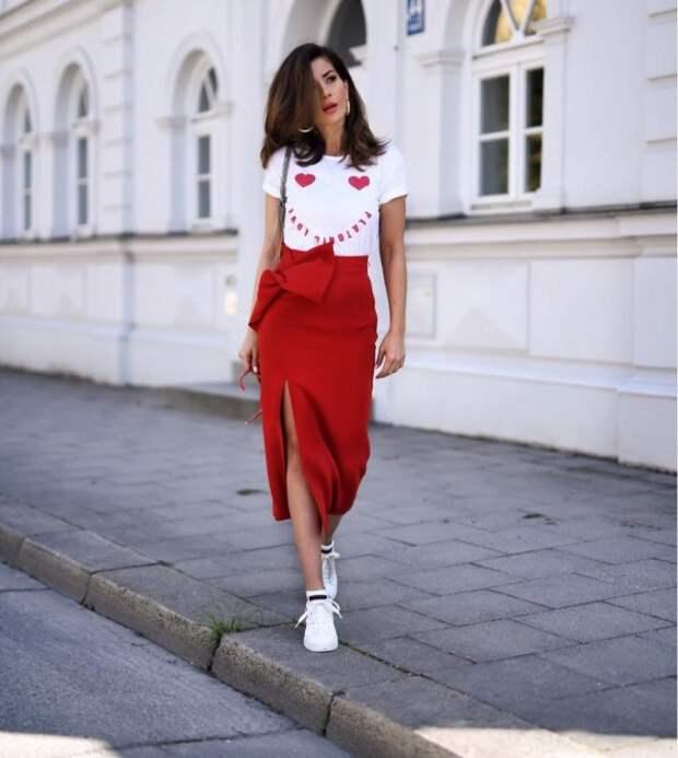 7 способов носить юбку-макси, чтобы мужчины шеи сворачивали