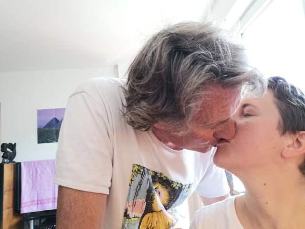 Как этим влюбленным с40-летней разницей ввозрасте удается быть счастливыми