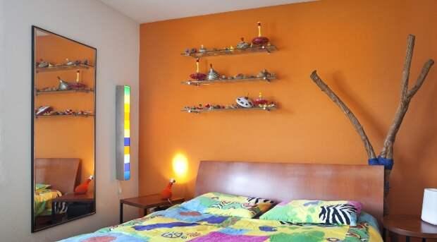 Стеклянные полки на стену: сложности выбора (35 фото)