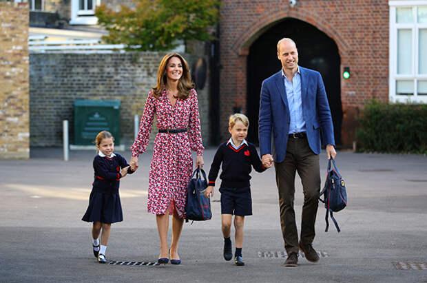 Принцесса Шарлотта, Кейт Миддлтон, принц Уильям, принц Джордж
