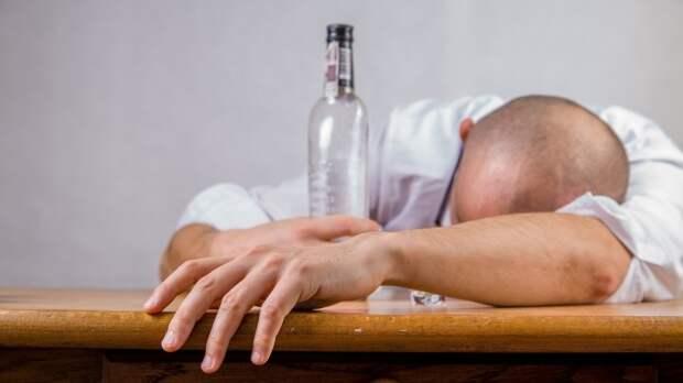 Экономист объяснил, как спасти Россию от «алкоголизации» населения